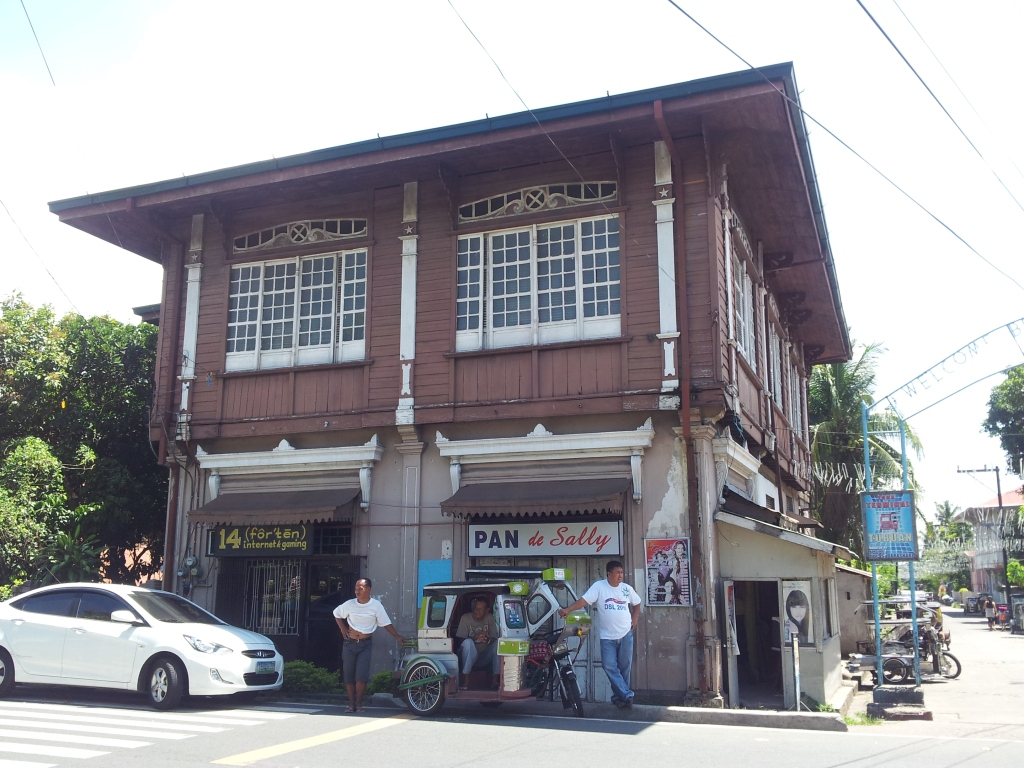 Laguna | The Heritage Town of Pila | Top Places To See In Laguna