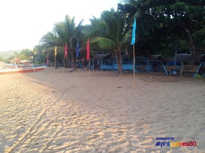 Poctoy White Beach