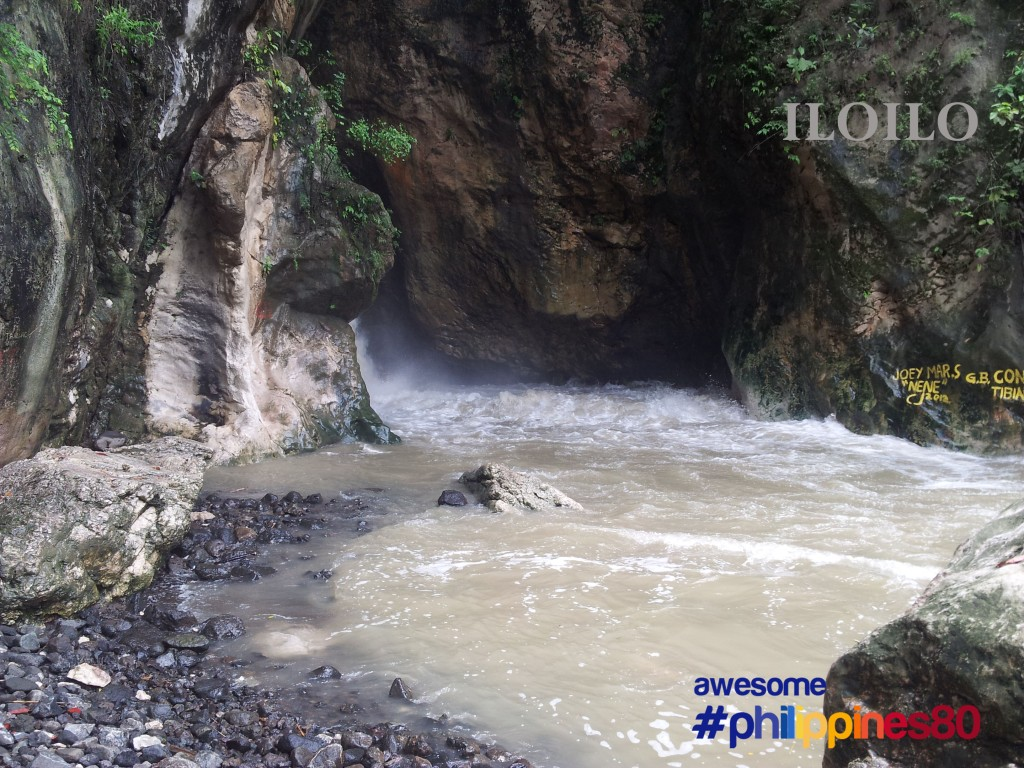 Iloilo | Chasing Bato Sumpit Hidden Falls | Top Places To See In IloIlo