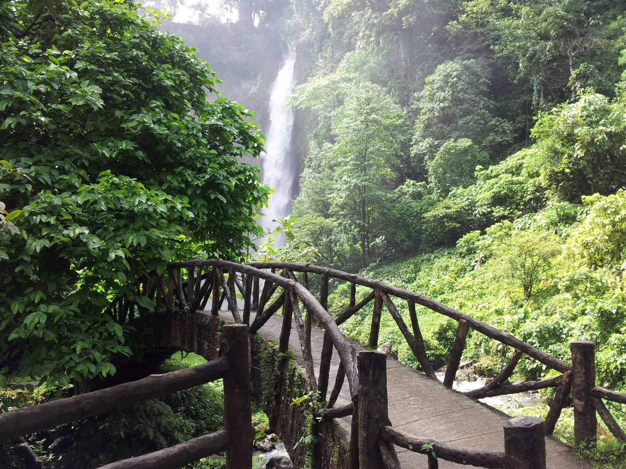 7 falls of lake sebu