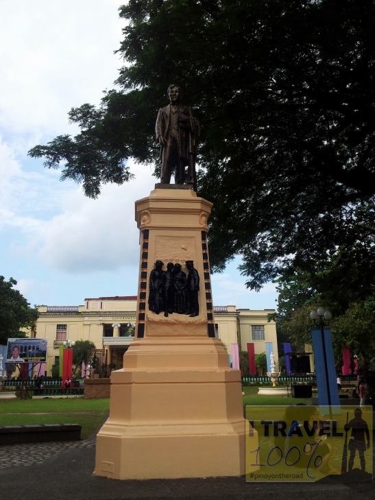 Sorsogon | Provincial Capitol and Park | Photo Essay
