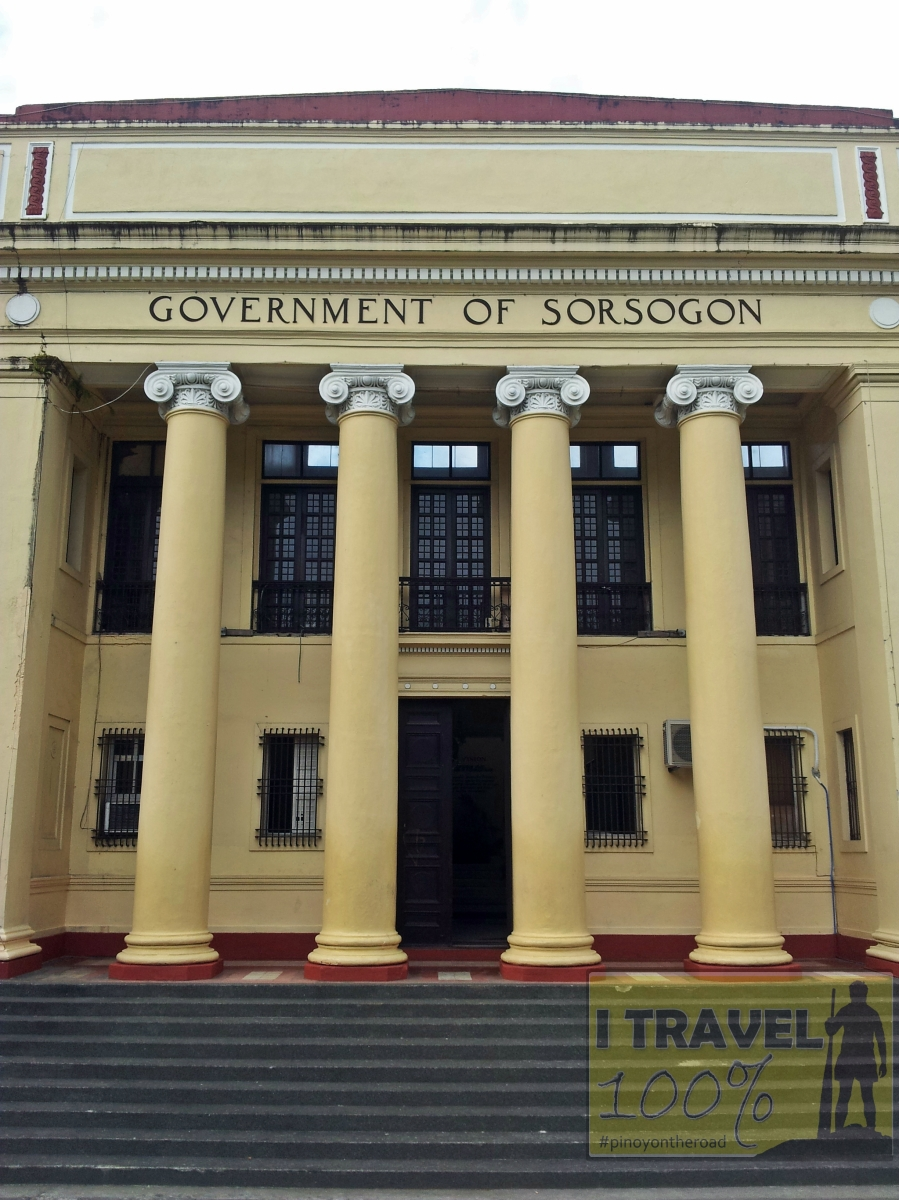 provincial capitol and park of sorsogon � pinoyontheroad