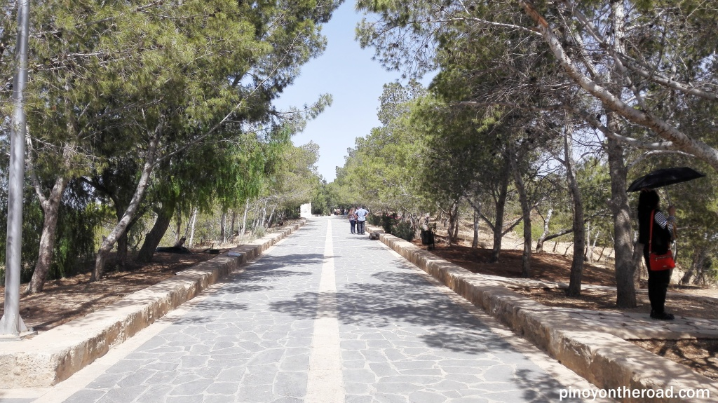 Road leading to Basilica of the Memorial of Moses