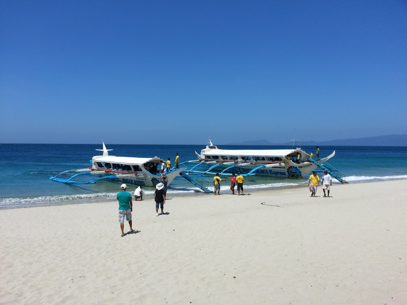 f2a97a22655be4 10 Beaches Near Manila For A Day Trip This Summer: A Quick Travel Guide